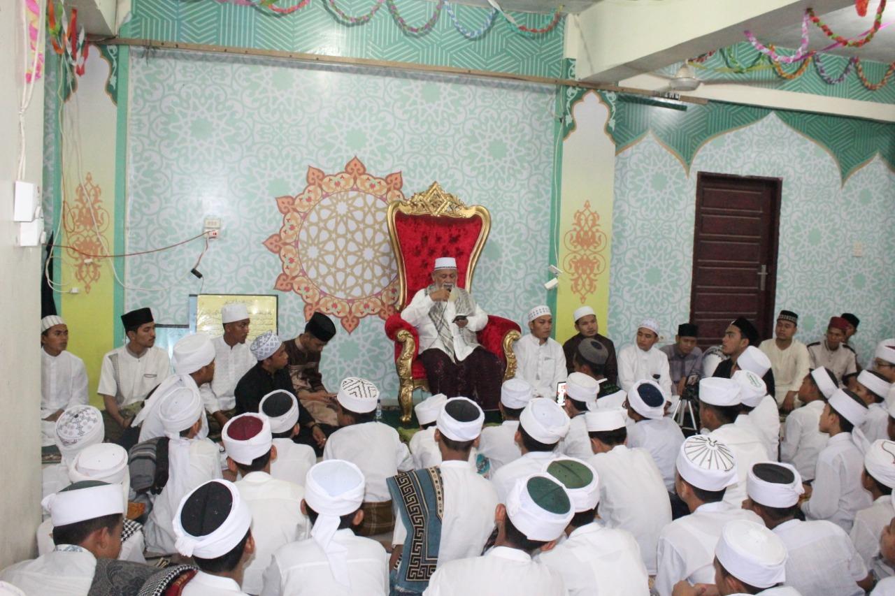 Sambut Nisfu Sya'ban, Santri Ummul Ayman Salaman dengan Waled