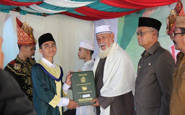 MAS Ummul Ayman Samalanga Wisudakan 183 Siswa Angkatan XVI