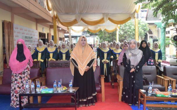 Dayah Ummul Ayman Samalanga Mewisuda 86 Siswi MAS Angkatan IX