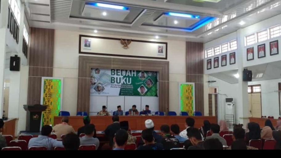 Menyelam Samudra Pemikiran Ulama Karismatik Aceh, Waled Samalanga