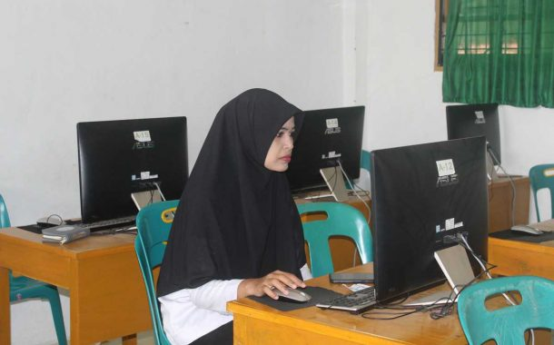 36 Guru SMPS Ummul Ayman Samalanga Bireuen Ikuti Simulasi Asesmen Kompetensi Minimum